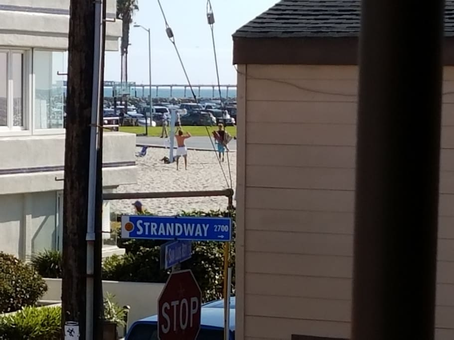 Ocean View Deck! See Ocean, Jetty, and Sand Volley Ball Courts!