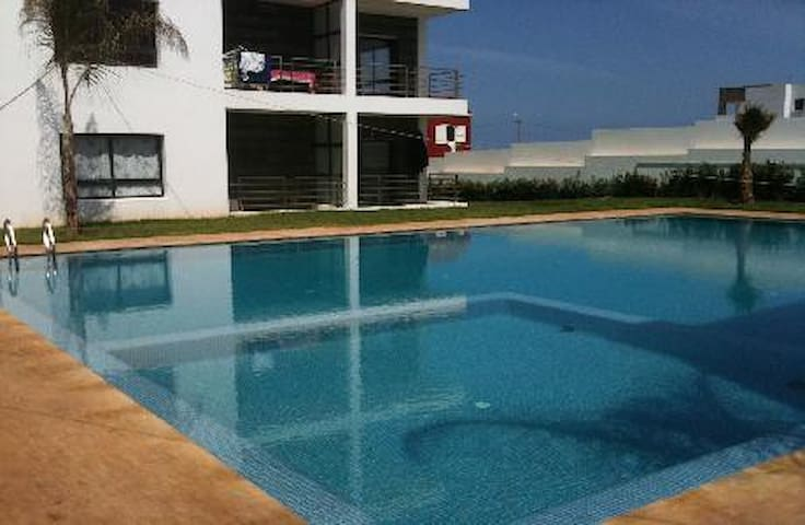 Charming Beachfront Appartment with sea-view - Casablanca