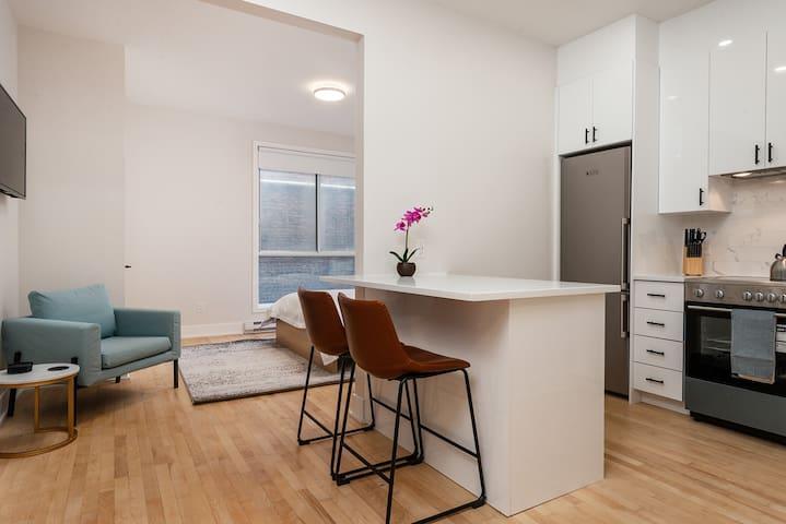 Point7 Lofts - Designer Studio