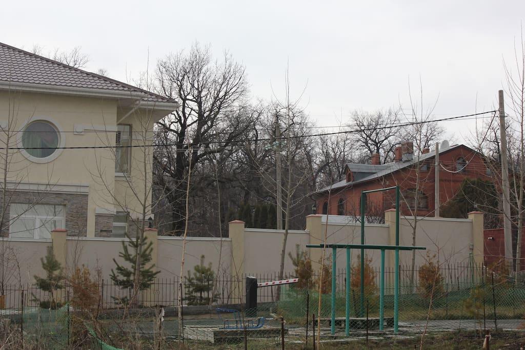 Дачный поселок рядом с домом