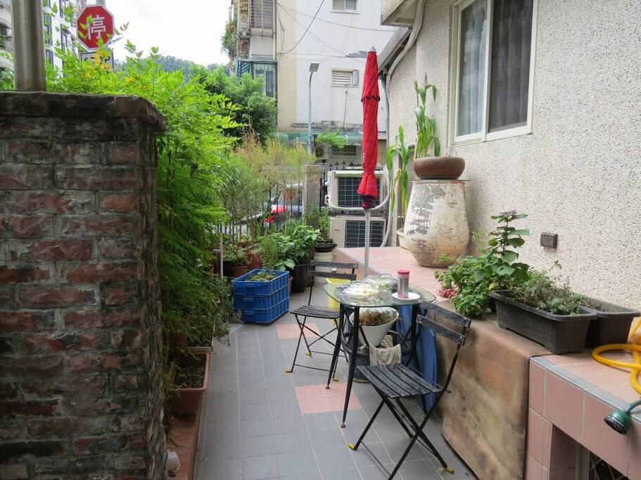 悠閒休憩庭園