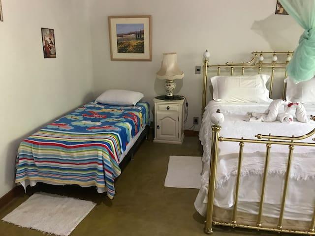 Para clientes com crianças preparação do quarto especial para o conforto da sua criança !