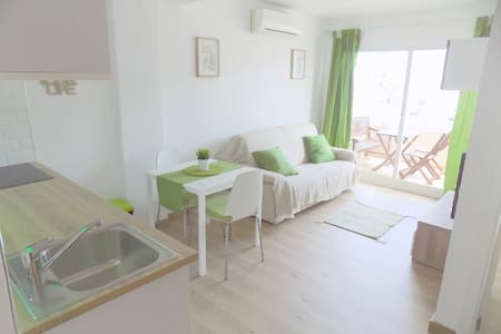 Modern Albir apartment near beach - l'Alfàs del Pi