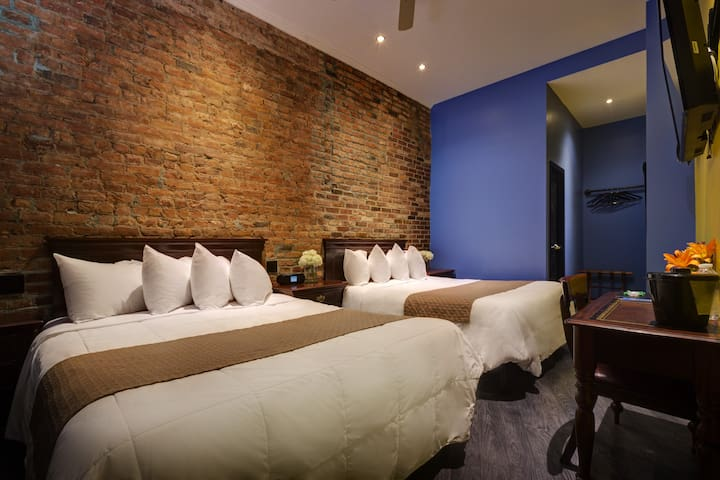 Sohotel, Deluxe Queen Two Bed