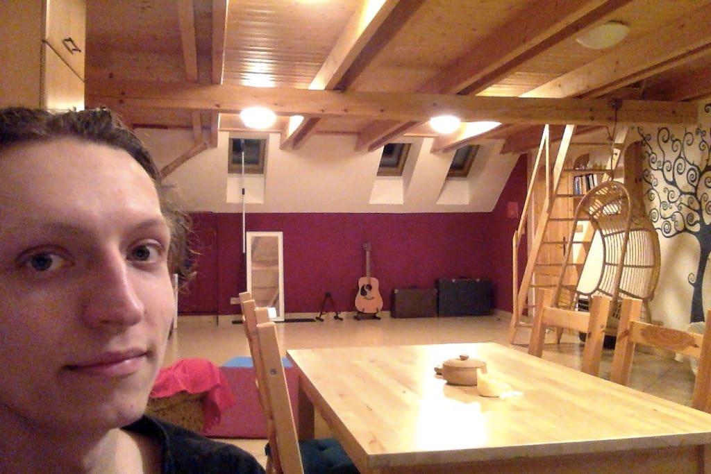 Ahoj, já jsem Dalibor a nabízím tento krásný byt! ;-)