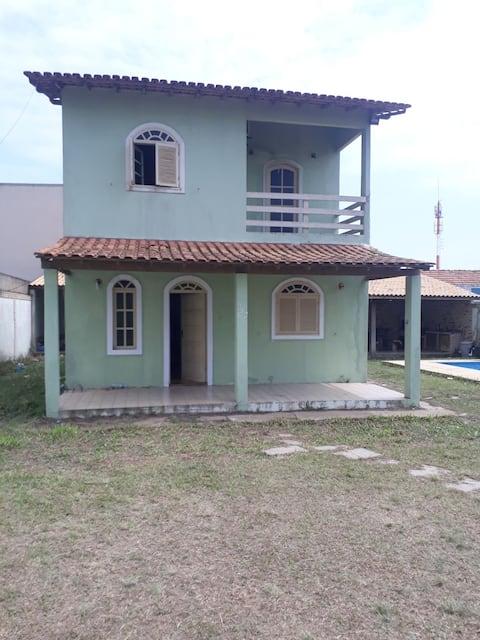 Casa de frente pro mar em farol de São Thomé