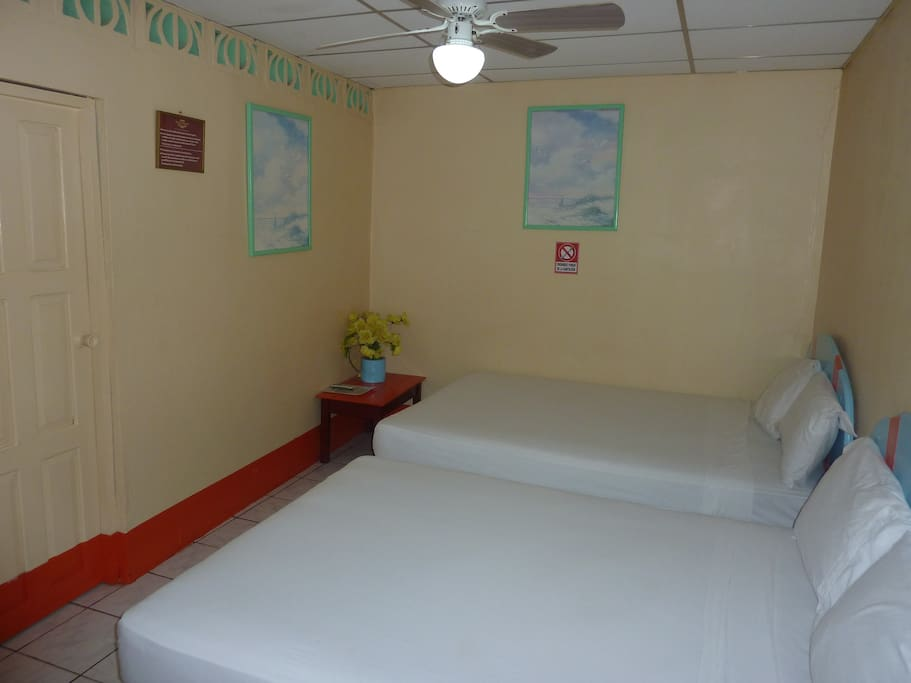 nice comfor services in masaya chambres d 39 h tes louer masaya masaya nicaragua. Black Bedroom Furniture Sets. Home Design Ideas