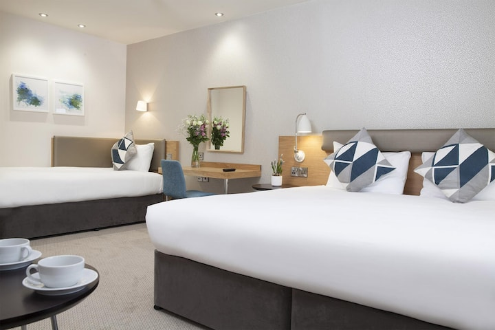 Essential and Business Travel Only: Special Family Room Standard At Bournemouth