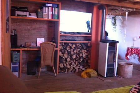 Antiek huis met een meditirane sfeer - Leer (Ostfriesland)