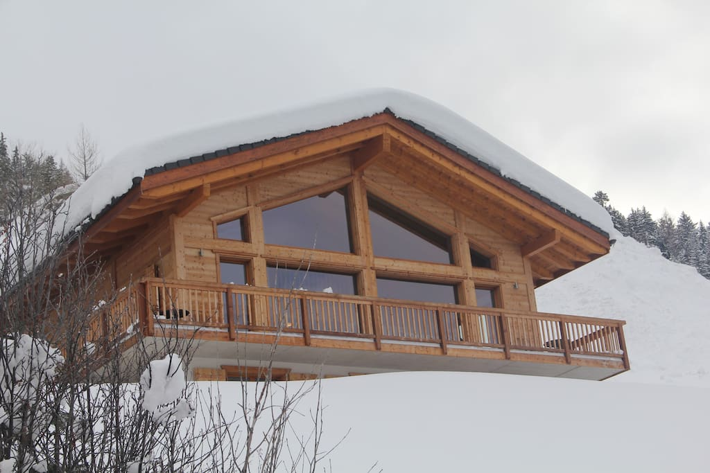 Gorgeous Chalet at 1600m