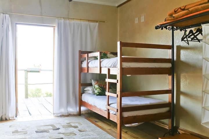 Le Petit Karoo- Family room 2