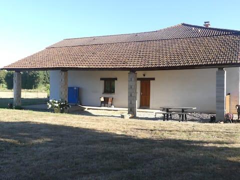 Dombes : Maison en pleine campagne