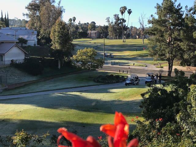 Golf Comfort Garden Villa 高尔夫舒适花园别墅