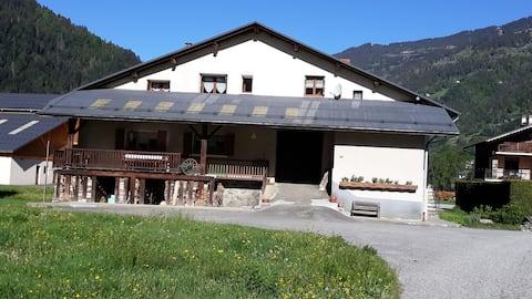 Appartement sur la route des grandes Alpes