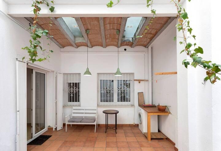 BARCELONA | NEAR GRACIA | LOVELY APARTMENT FOR 7 ¤