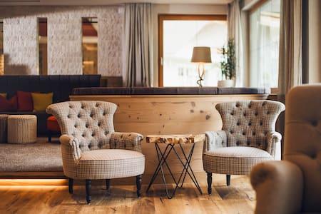 Vitalhotel Edelweiss - LIFESTYLE & BOUTIQUE HOTEL - Neustift im Stubaital - Boutique-hotell