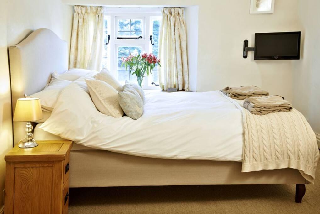 Skylark, double room