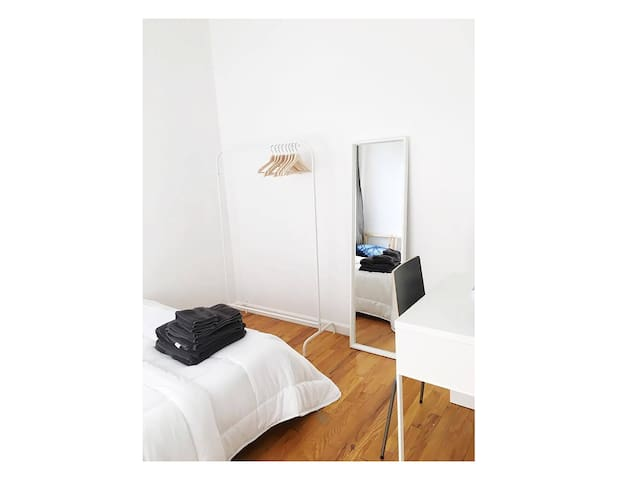 Clean & Bright Room in Bed-Stuy! - Brooklyn - Appartement