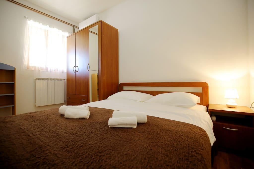 1st bedroom (ground floor)