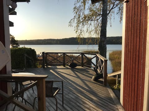 House in beautiful and quiet environment at Lake Möckeln