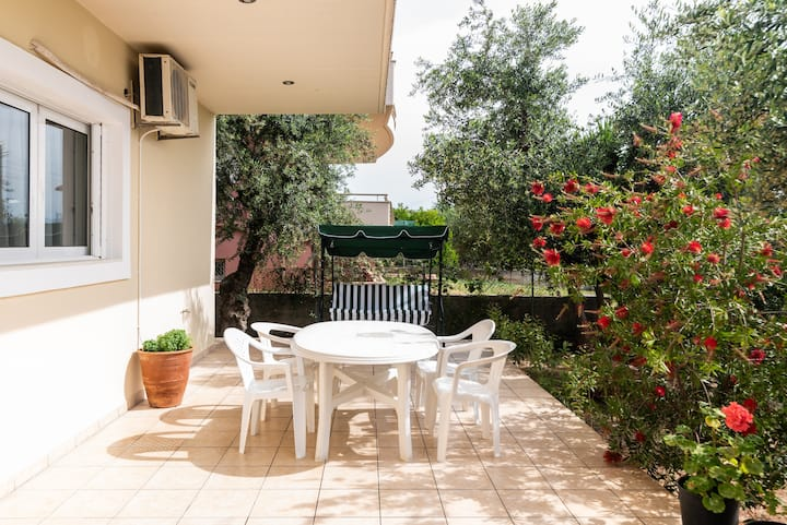 Panos-Apartment  100m from the beach