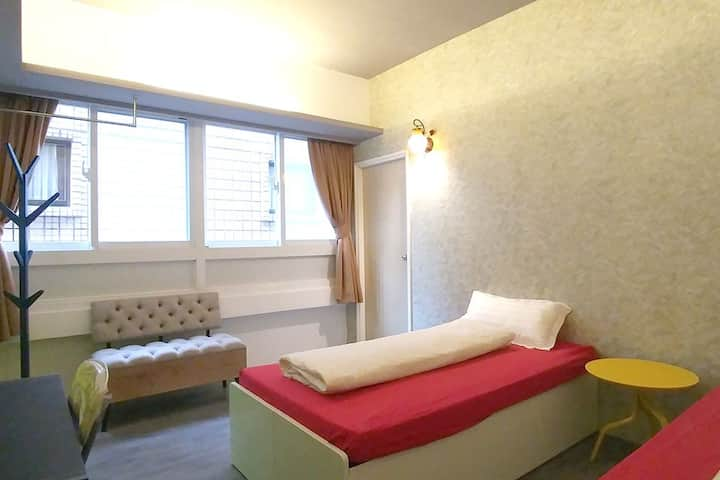ZhongShan Twin Room 405