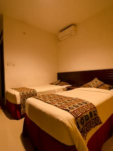Fora Guest House Taman Lingkar (Executive Room) - Astanaanyar