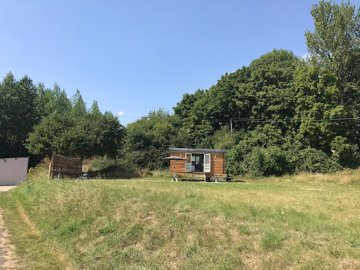 Shepherd Hut in The Cotswolds in Idyllic location