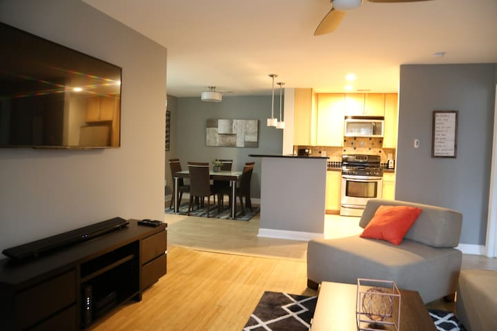 Cozy, contempory, Relaxing condo close to DC - Germantown - Byt