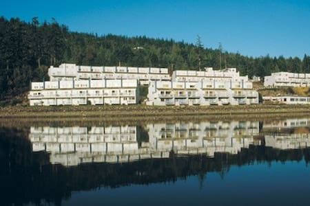 Discovery Bay - Port Townsend