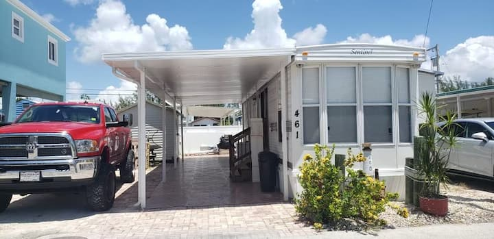 Beautiful home for rent in key largo