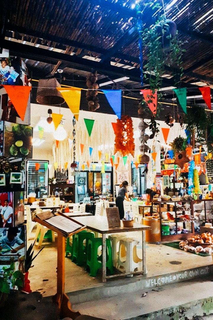 Arts & Crafts Workshops