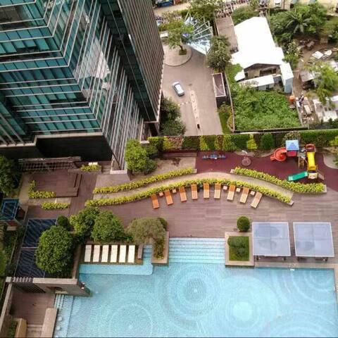 Cozy apartment Residence 8@scbd South Jakarta