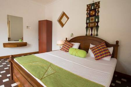 Kandy Grand Paradise (Room Green) - Casa