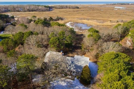 Marsh and Bay Views! - Eastham - House