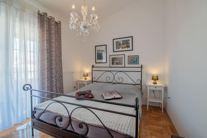 Villa Vera Fazana Room 3  2 Pers + Breakfast FREE