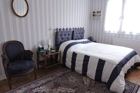 Spacious room at Fourvière
