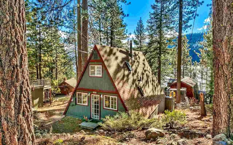 A Framed Life - The perfect Donner Lake Retreat