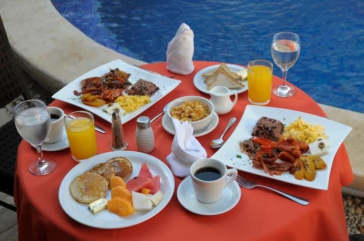 Mejor Hotel 3 estrellas   ( Con Desayuno Buffet )