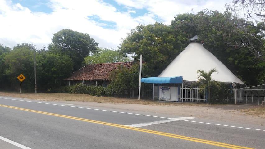 Casa Semi-Campestre #3