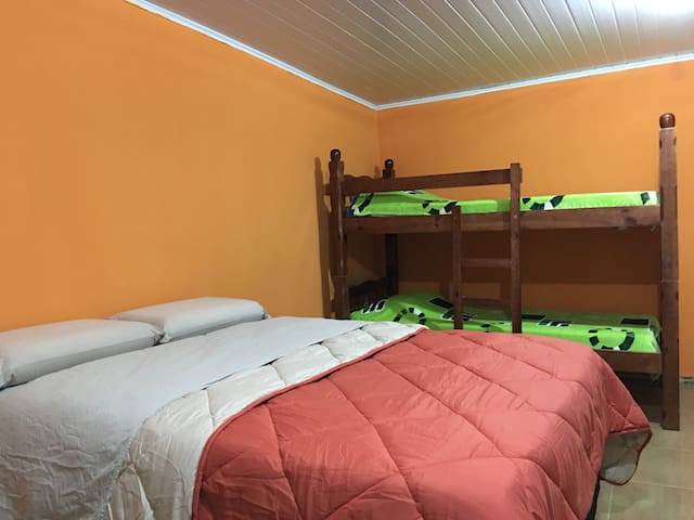Moderno y cómodo monoambiente en Barra do Chui - Tramandaí - Einliegerwohnung