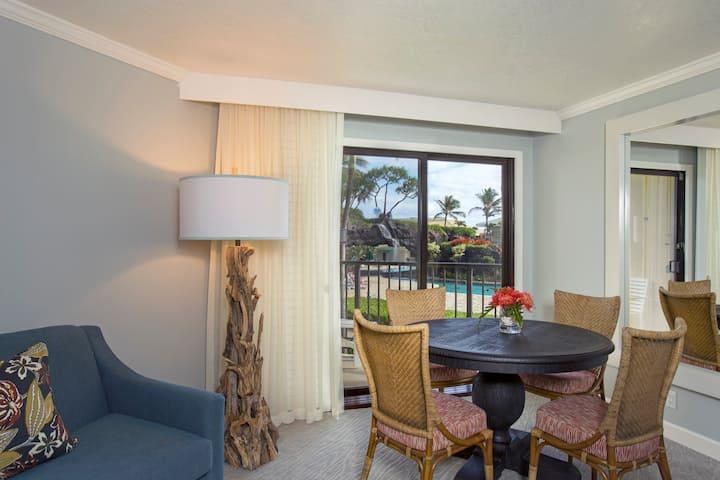 Kauai Beach Resort and Spa, Pool View Suite