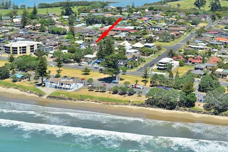 Itis the ideal beach house to escape from the city - Orewa