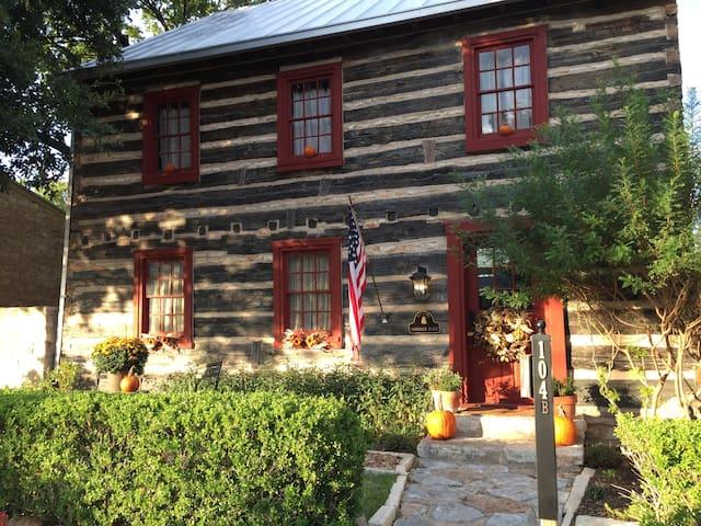 Haussegen Log House