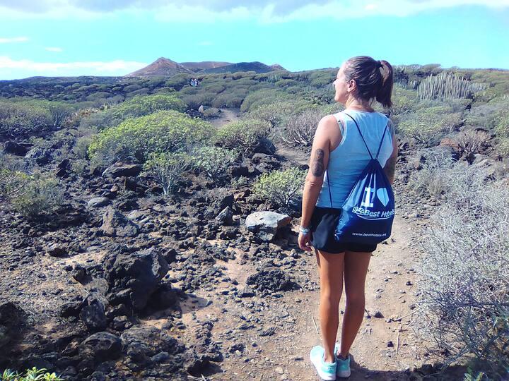 Yendo al volcan, arriving at volcano