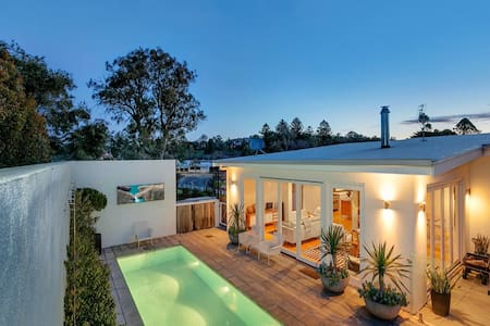 Barossa White House,The West Wing 1 Bedroom Suite - Angaston