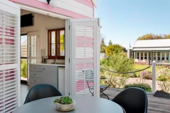 Beach Huts Middleton - Cottesloe Studio Hut