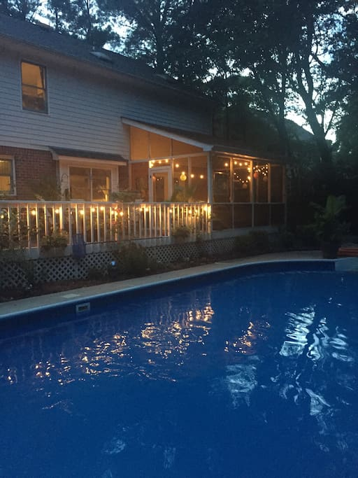 Enjoy a quiet evening in our tranquil back yard. Crickets and birds will be your company. Its very relaxing. A quick jump in the pool to cool off and then the screened in porch provides protection from no seeums and mosquitos.  Pool is closed October 1