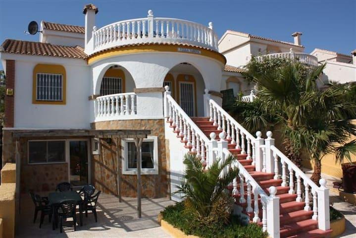 LUXE VILLA AAN DE COSTA BLANCA - Puerto Marino - Villa