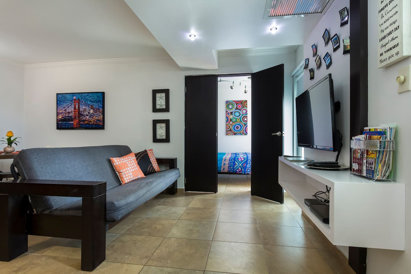 Comfy and Modern 1 Bedroom apartment